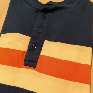 Boys old Navy long-sleeve shirt size medium